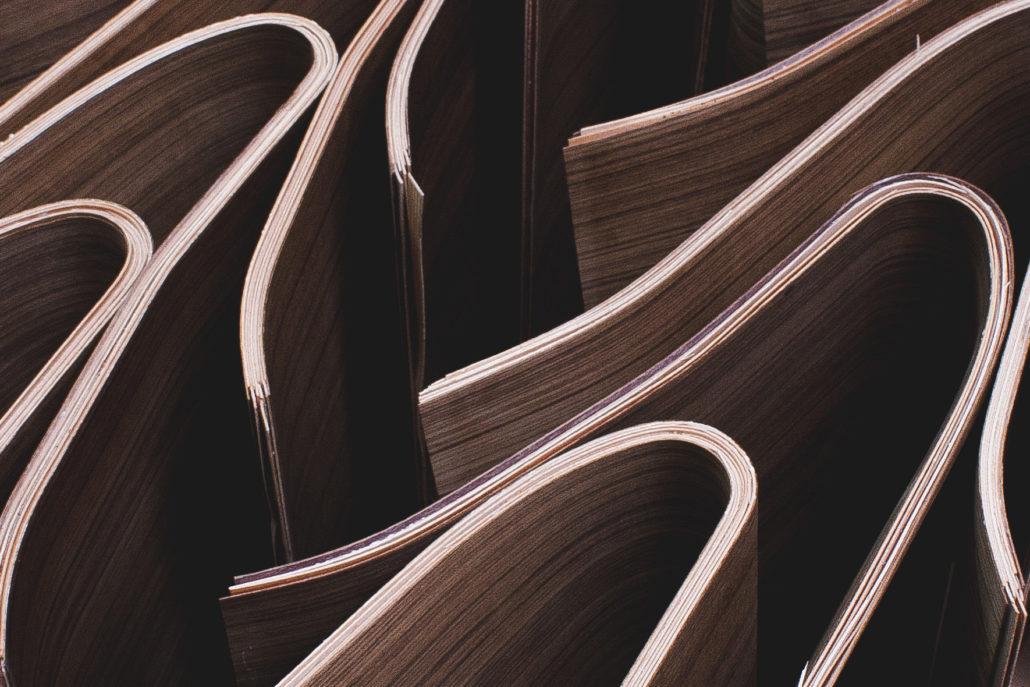 Unfertige Werkstücke aus Formholz